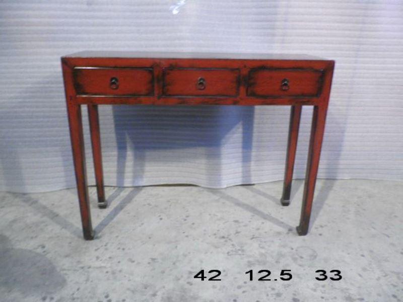 tables console en lacquer rouge avec 3 tiroirs archieven asia antiques. Black Bedroom Furniture Sets. Home Design Ideas