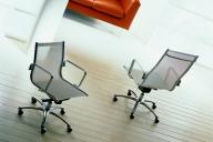 Luxy Light Chair met gaas bekleding en 04