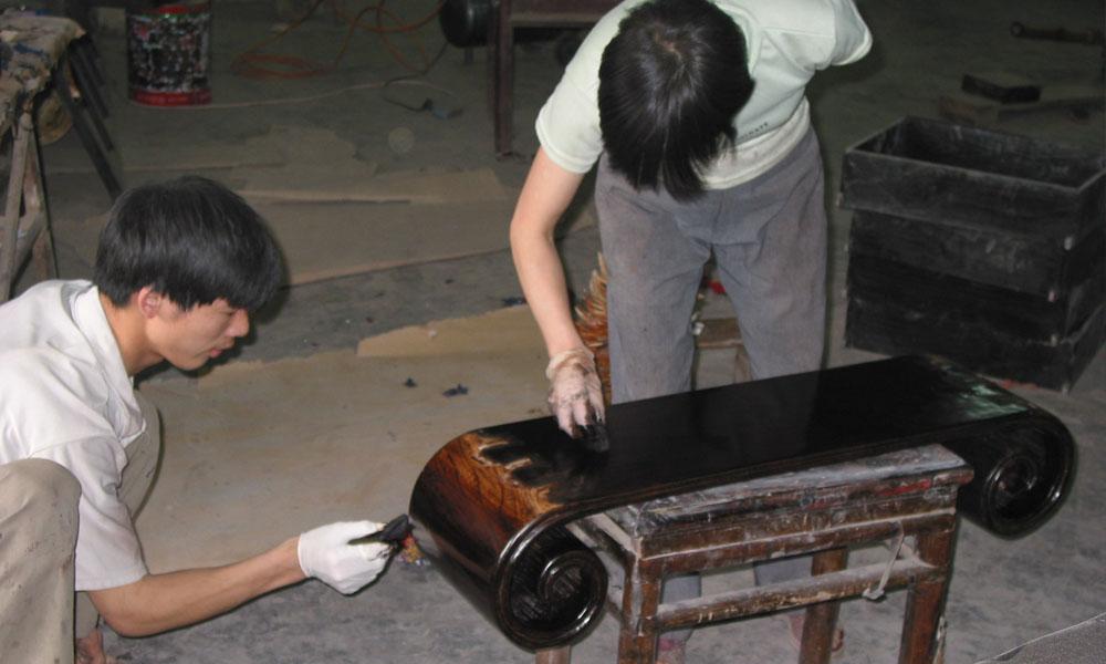 restaureren van Aziatische antieke meubels 01