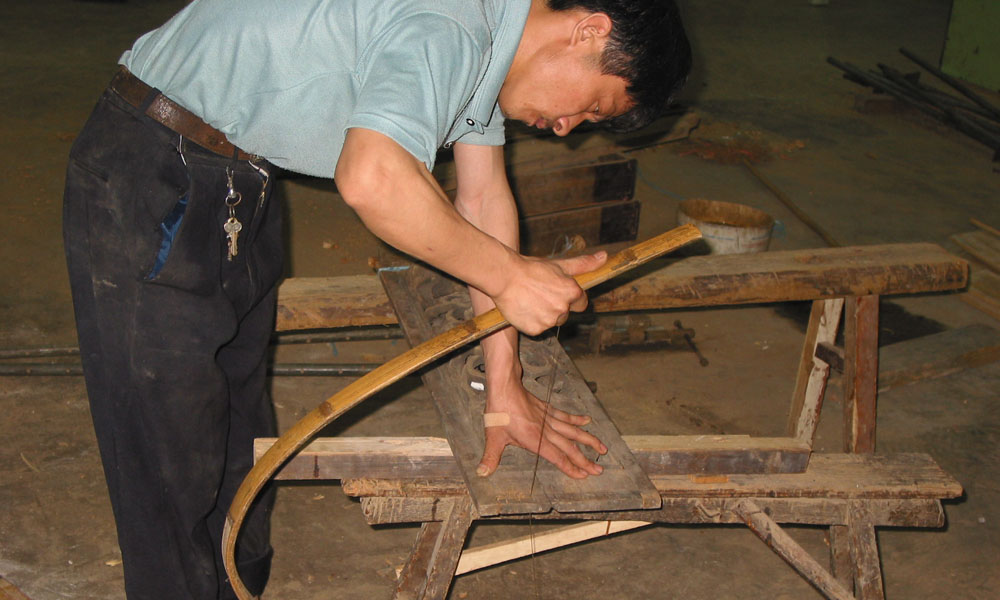 restaureren van Aziatische antieke meubels 05